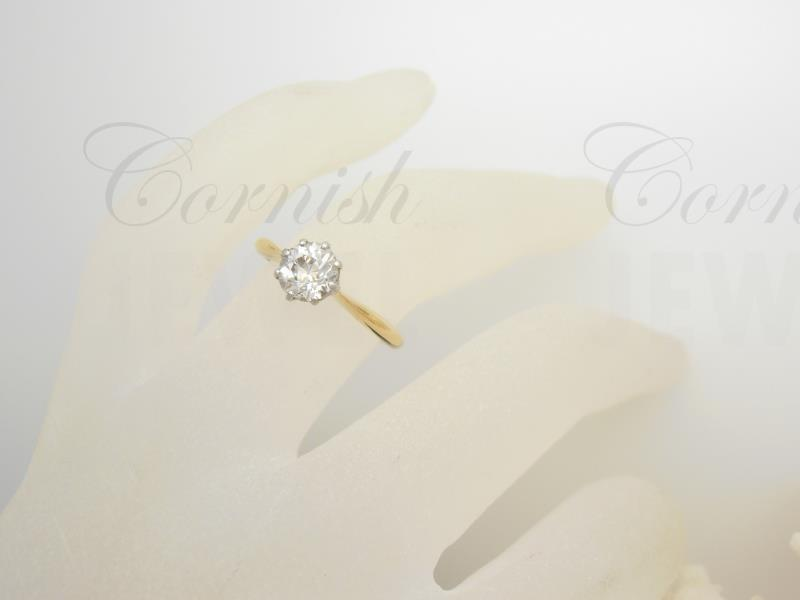18ct Gold Diamond Solitaire Ring European Cut
