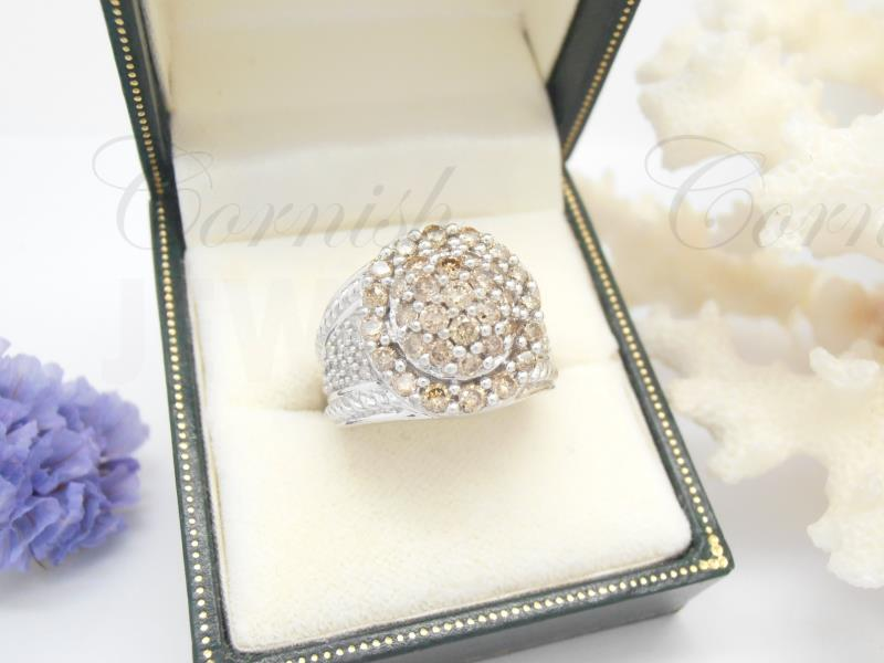 9ct Gold Diamond Cluster Ring 9ct 375 Size K