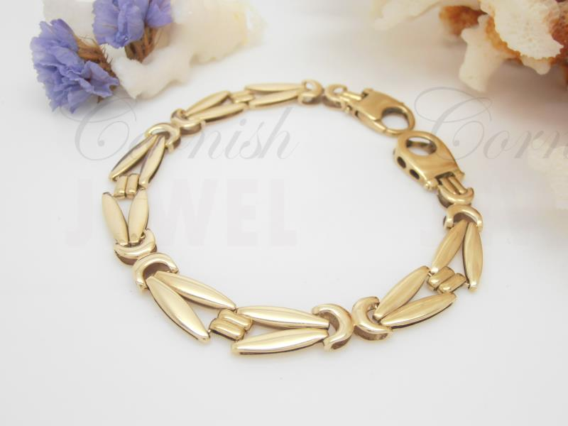 9ct Gold Fancy Wide Link Bracelet 375 Ladies