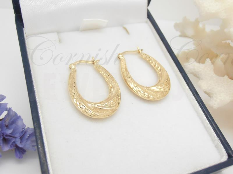 9ct Gold Frosted / Diamond Cut Hoop Earrings