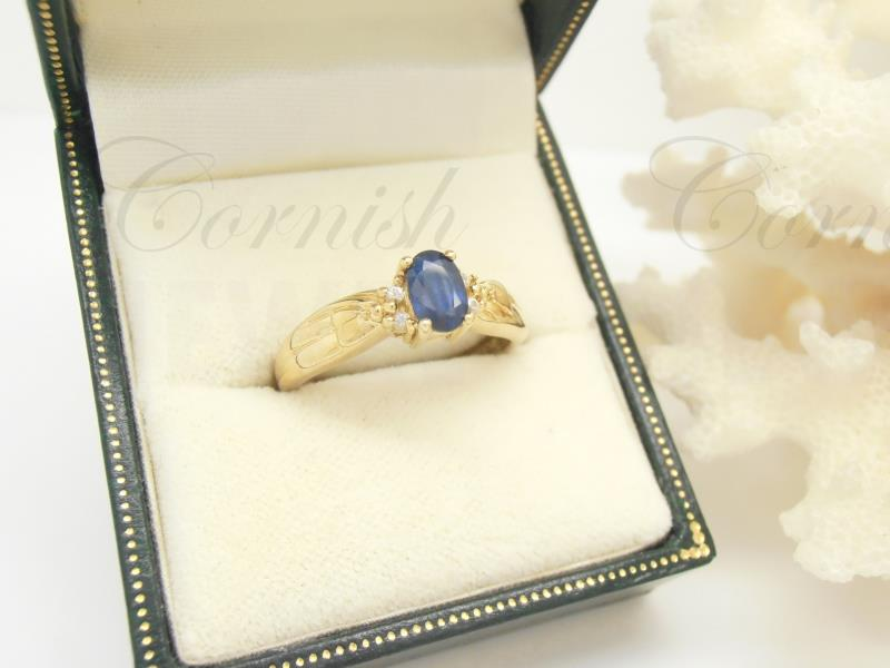 9ct Gold Sapphire & Diamond Ring Size O