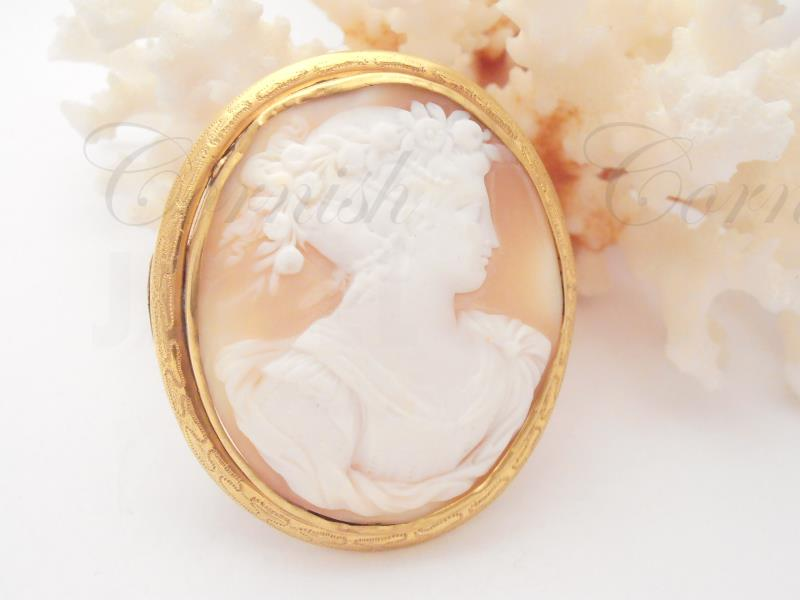 Antique Rolled Gold Cameo Brooch