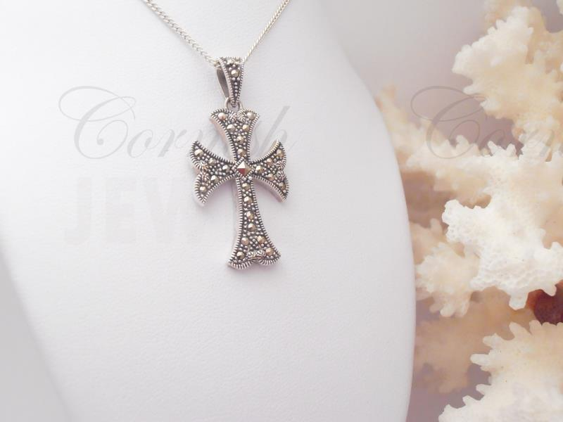 Large Silver Marcasite Cross & Chain 20 Inch