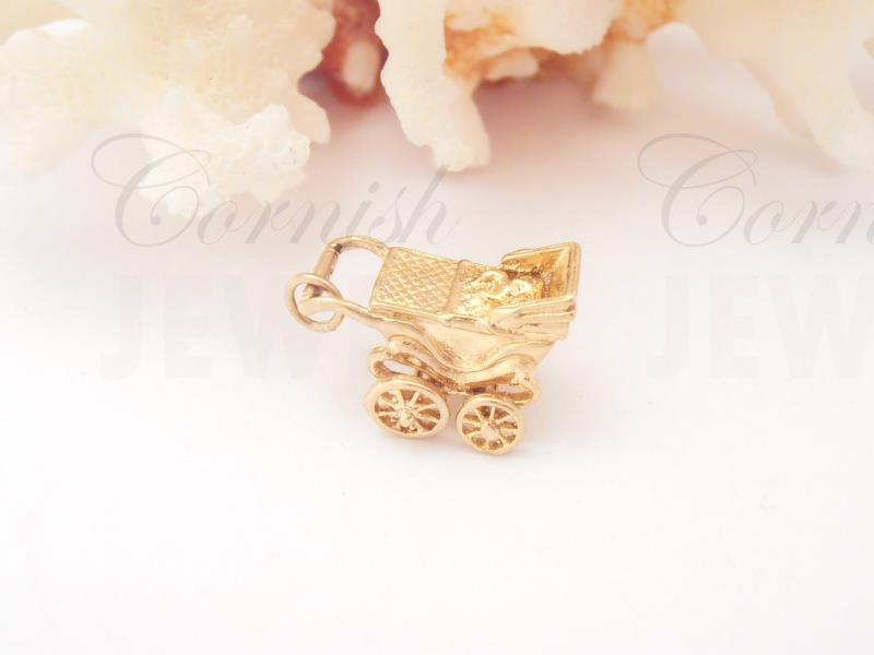 Vintage 9ct Gold Pram Charm with Baby