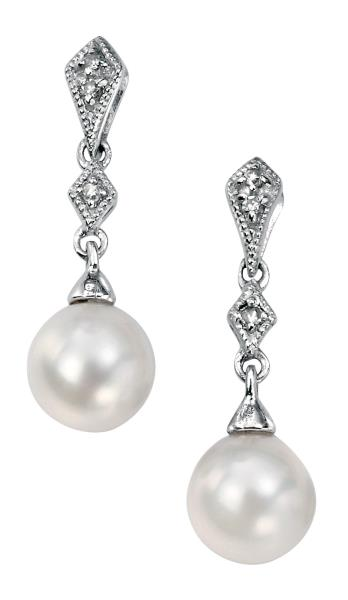 White Gold With Fresh Water Pearl And Diamonds Drop Earrings